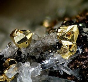 A román kormány a kanadai Gabriel Resources vállalattal tárgyal a 2016-ban induló verespataki arany kitermeléséről