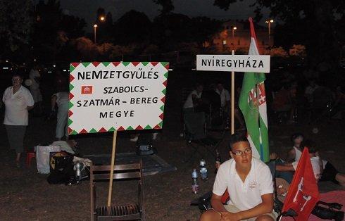 Elkeseredett adósok a Városligetben 2013. augusztus 19-én