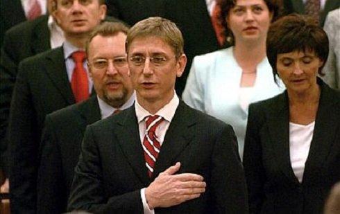 B.É.CS.- Grell Antal: A devizahitel ügylet nyomai 2006-ba vezetnek
