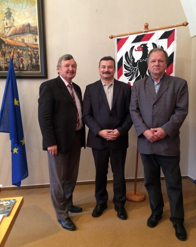 Balról: Jozef Šimko, Berényi József és Rigó László.