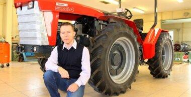 Feléled a Dutra hagyomány: Próbaüzemen a szenzációs új magyar traktor